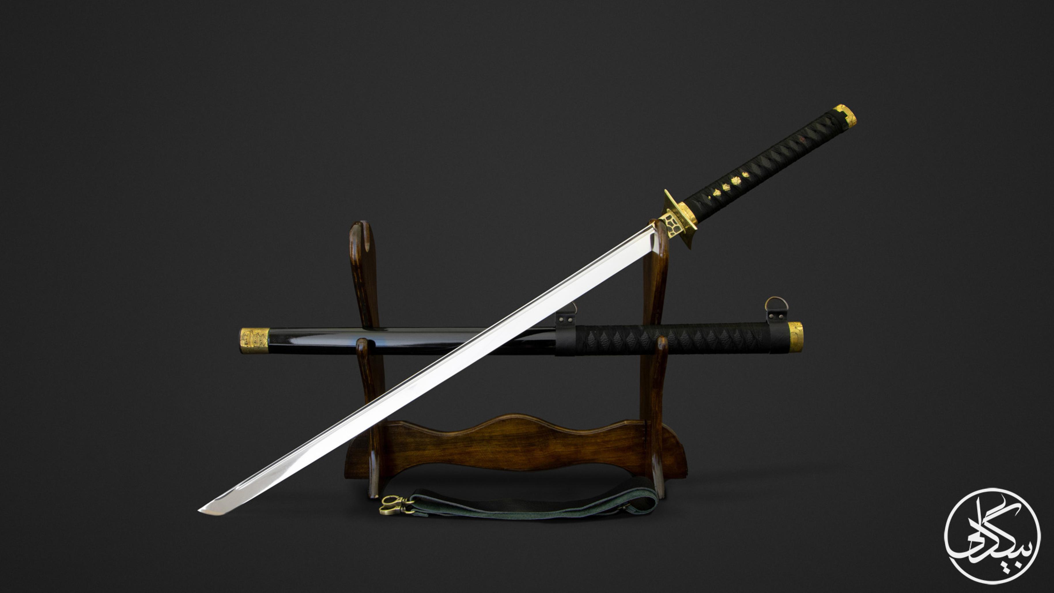 شمشیر نینجاتو روی کاکه